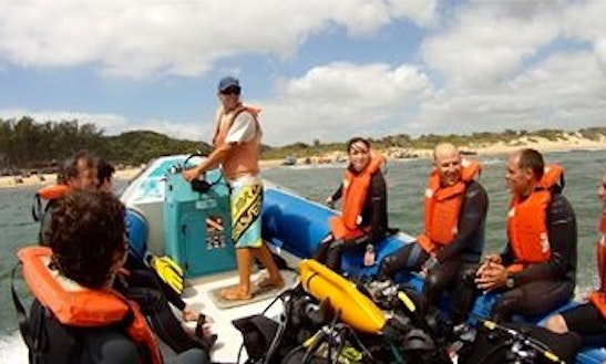 Dive Boat Trips In At Sodwana Bay Kwazulu-natal, South Africa