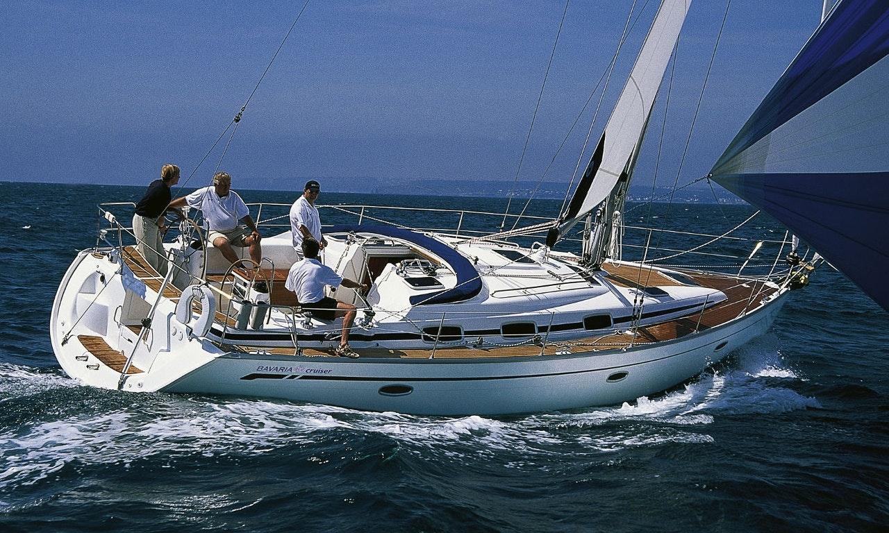 iraklis bavaria 42 cruiser charter in greece getmyboat rh getmyboat com bavaria vision 42 owners manual Bavaria Vision 42