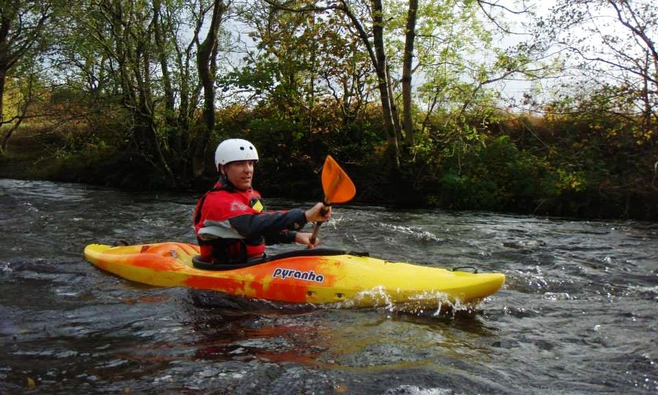 Single Kayak for Hire in River Leam