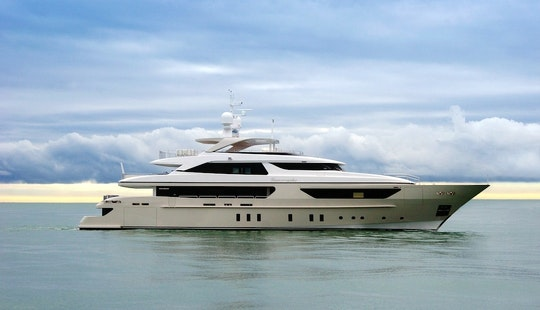 Captained Charter On San Lorenzo 46 Power Mega Yacht In Cannes, France