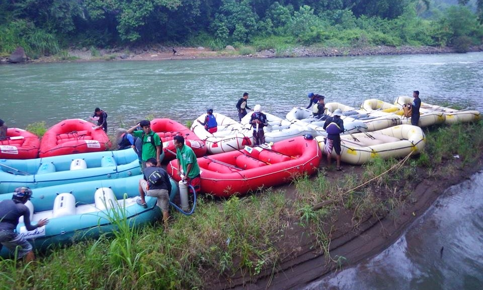 Kagay Rafting Trip | GetMyBoat