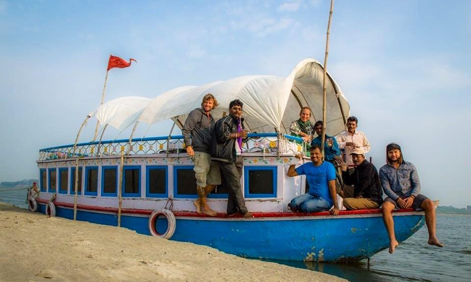 Houseboat in Ganga, Tarangini