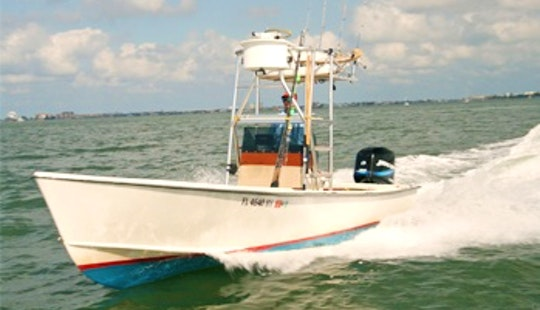 Tampa Bay Fishing Charter On 22ft Classic Aquasport Center Console With Captain Billy