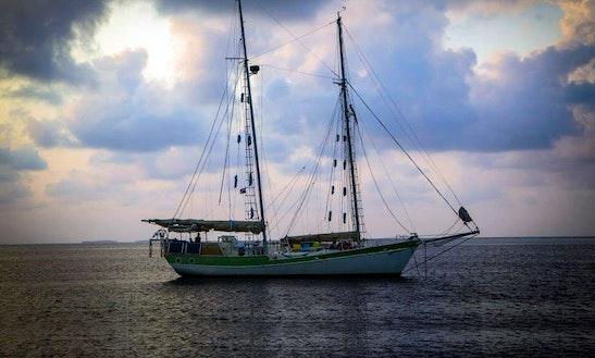 64' Schooner Charter In Bocas Del Toro, Panama