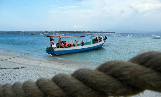 Tropical Island Boat Tour For 20 Person In Lombok, Indonesia