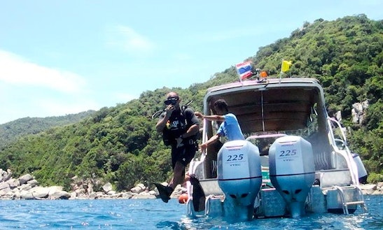Boat Diving Trips And Diving Lessons In Chang Wat Chon Buri, Thailand