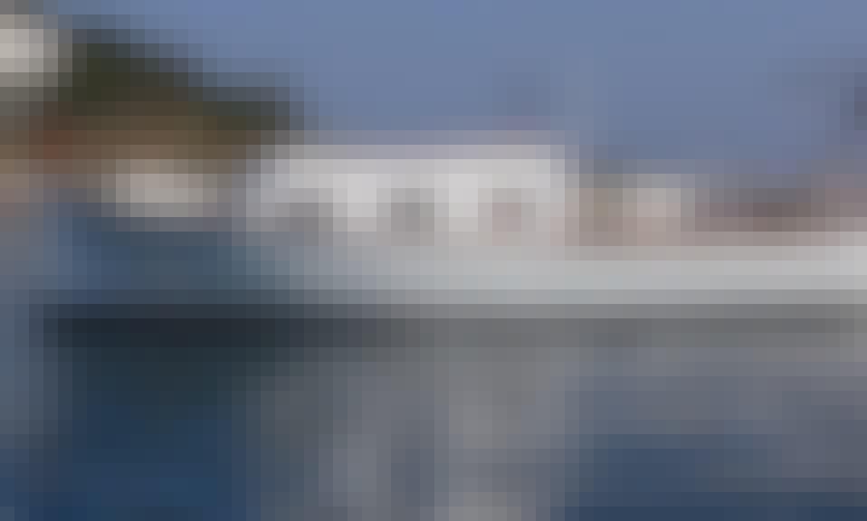 24' Llaut Boat Charter in Cadaqués
