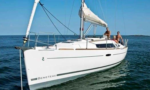 "Charter ""Samba"" Oceanis 34 Yacht In Can Pastilla"