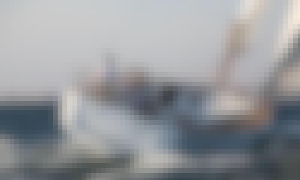 Charter Veterano-Odyssey 40 Yacht In Can Pastilla