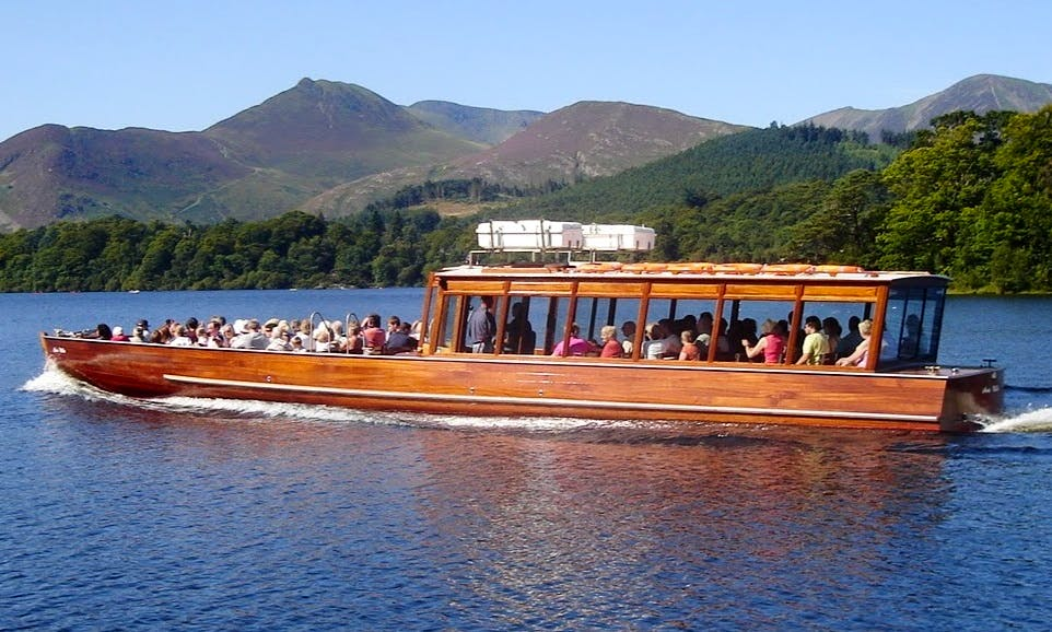 Boat Lake Cruises In Keswick