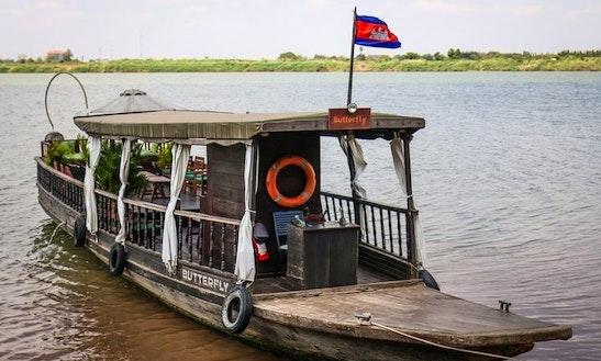 One-hour & Half Boat Trip In Phnom Penh, Cambodia