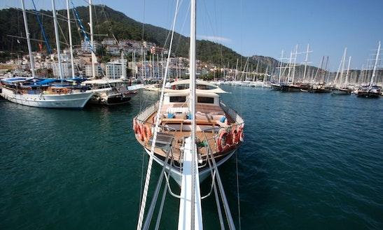 Socio Tours - 10 Cabin 28 Meter Gulet In Turkey For Cruise