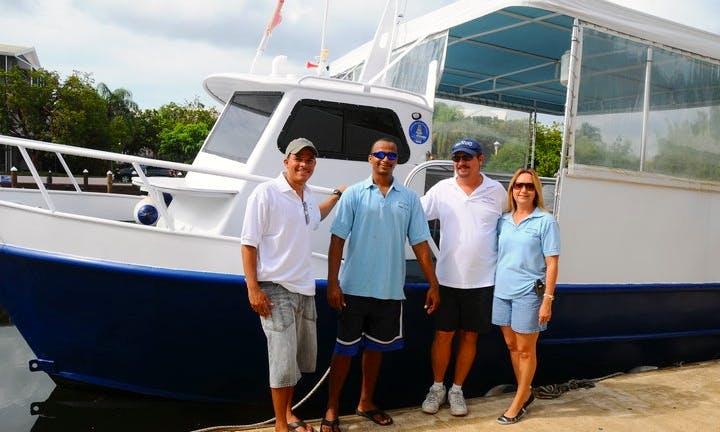 "40' Passenger Boat ""Sea Hunt"" Trips in Grand Cayman, Cayman Islands"