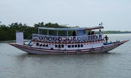 Sundarban Chalo (passenger Boat)