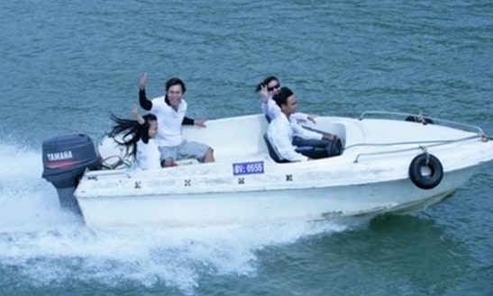 Happy (motor Yacht)