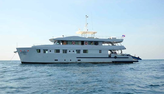 M/v Diverace Class E Livaboard Diving Boat In Phuket, Thailand