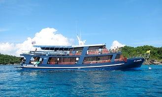 M/V Bunmee II Livaboard Diving Boat in Phuket, Thailand