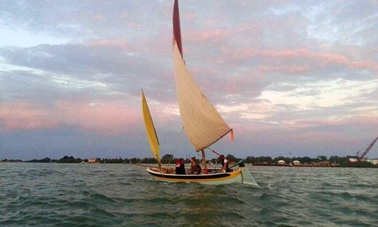 Daysailer Sailing Lessons In Venice