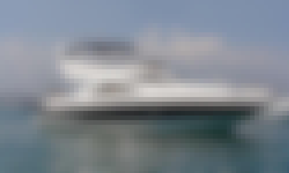 Sunseeker Manhattan 52 Yacht Charter in Club de Mar