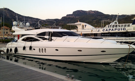 Sunseeker Manhattan 74 Yacht Charter In Club De Mar