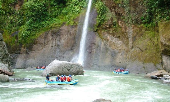 White Water Rafting On Pacuare River