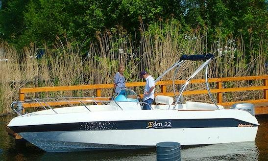 22' Deck Boat Rental In Berlin, Germany