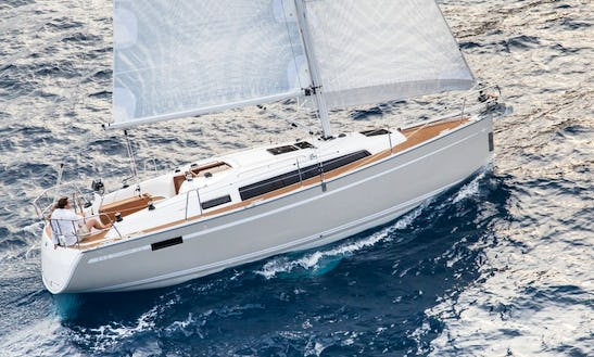'why Not 9' Bavaria 33 Cruiser-2015 Charter In Imola In Imola