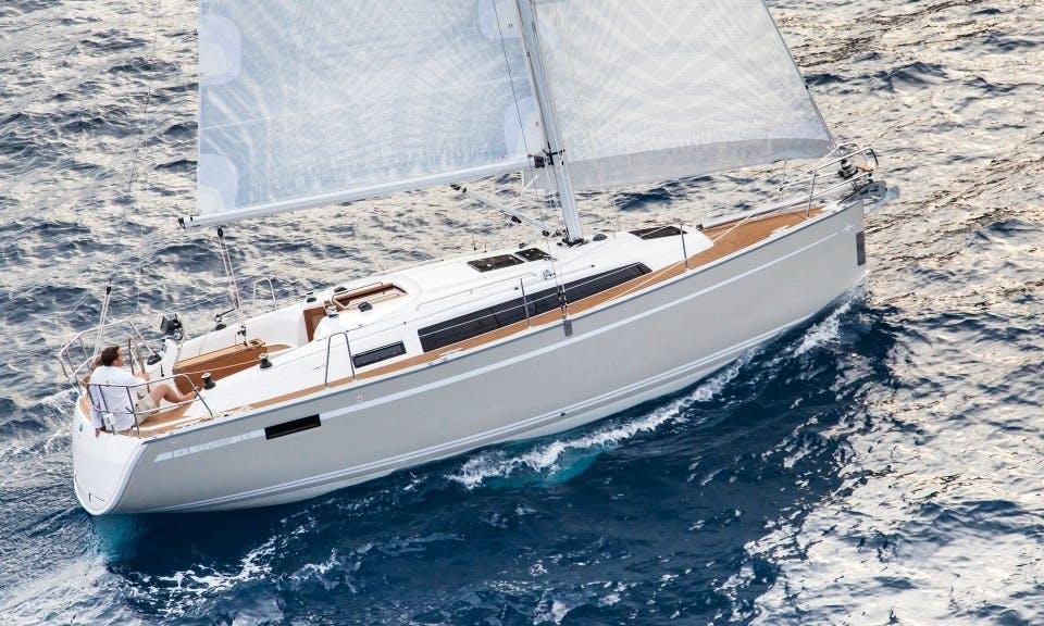 'Why Not 9' Bavaria 33 Cruiser-2015 Charter in Imola in Imola