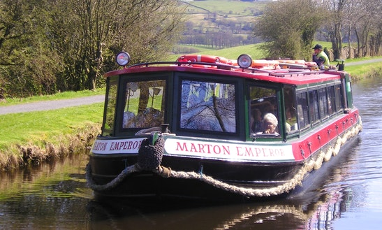 Canal Boat Trips In Foulridge, United Kingdom