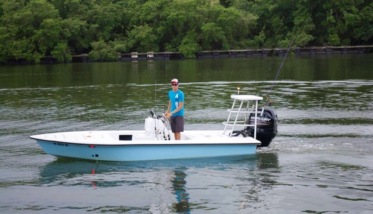 Enjoy 19 Ft Bay Boat Tarpon Fishing Charter In San Juan, Puerto Rico