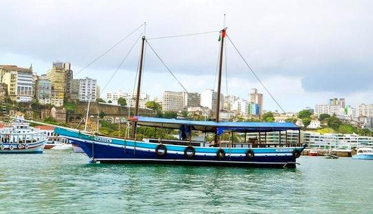 Escuna Gasosa In Salvador
