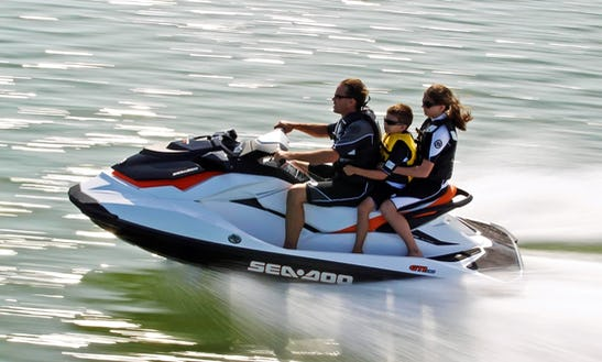 Sea Doo Gti-130 Jet Ski Rental In Muskoka Lakes