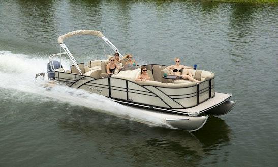 23' Starcraft Pontoon Rental In Muskoka Lakes