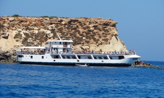 Motor Yacht Trips In Paphos, Cyprus