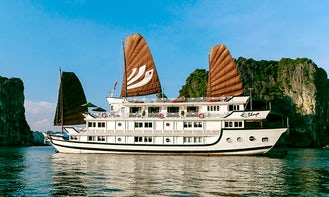 Bhaya Cruise in Halong Bay