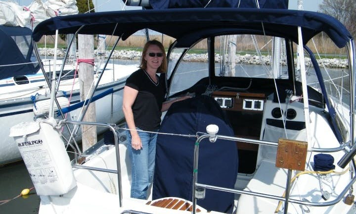 """28ft """"Hunter"""" Cruising Monohull Boat Charter in 5 Queenstown, Maryland"""