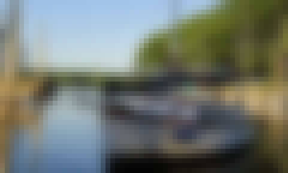 'El Caiman' Sailing Monohull Trips in Béccar