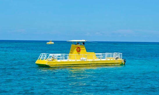'paradise Subsee' Submersible Boat Trips In Cancún