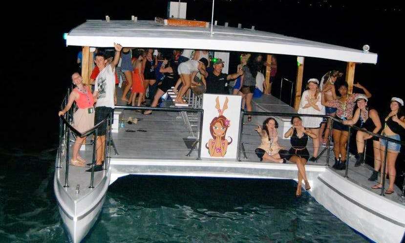 Power Catamaran Trips in Airlie Beach, Australia