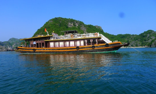 Bay Tour On Lan Ha Bay