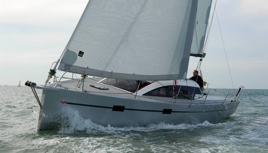 Rm 880 Biquille Monohull Charter In Arzon, France