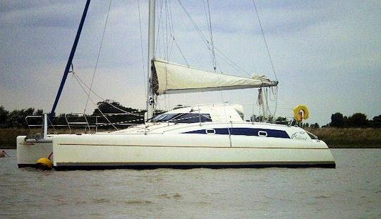 Maldives 32 Sailing Catamaran Charter In Arzon, France