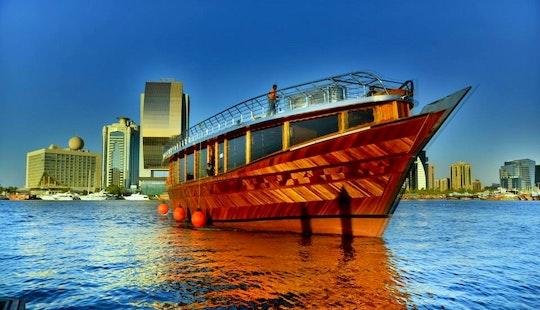 70' Tour Dubai Ii Dhow Luxury Cruises In Dubai