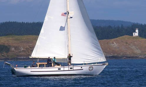"42ft ""S/V Peniel"" Cruising Monohull Boat Rental in Friday Harbor, Washington"