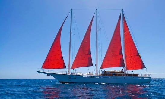 Cruising Monohull Trips In Las Palmas De Gran Canaria, Spain