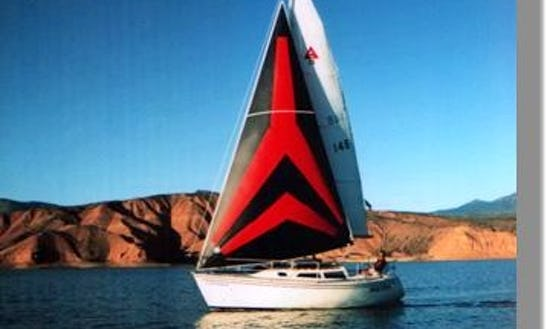 Rent 25' Sailboat In Lake Pleasant, Arizona