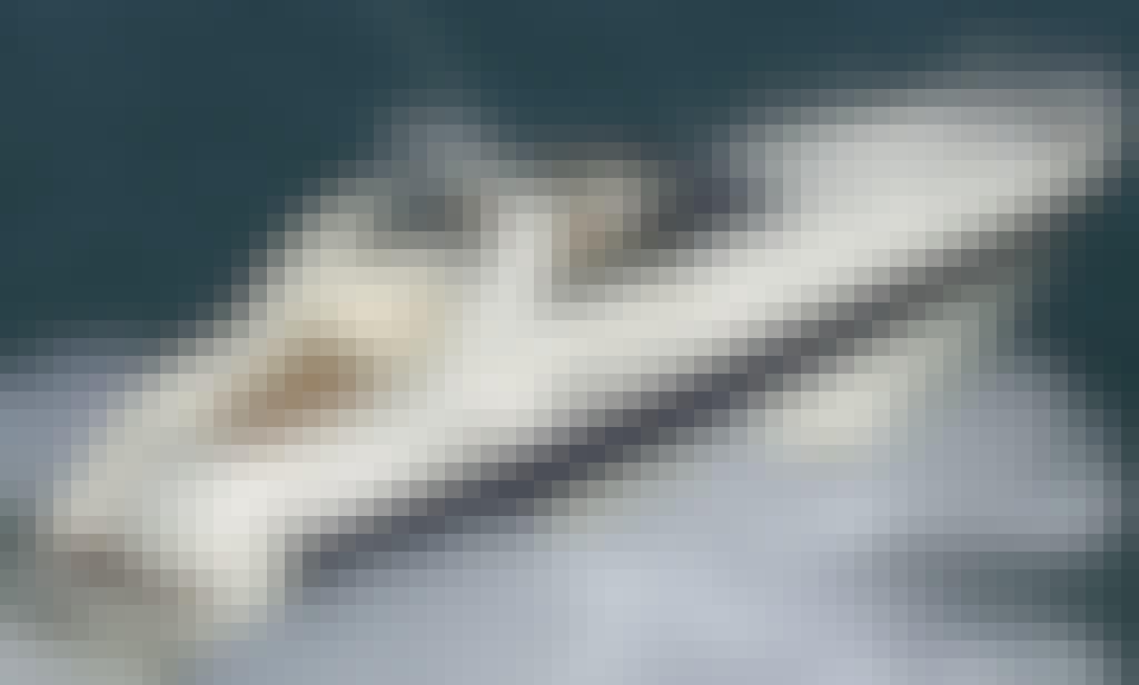 Motor Yacht 50' Rental in Taormina