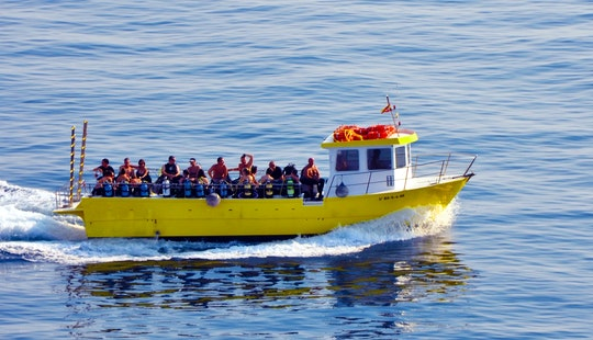 'gat Blau' Boat Diving Trips & Snorkeling In L'escala, Spain