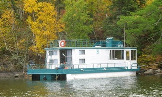 Two Cabin Houseboat for 8 People Available in Nestor Falls, Canada