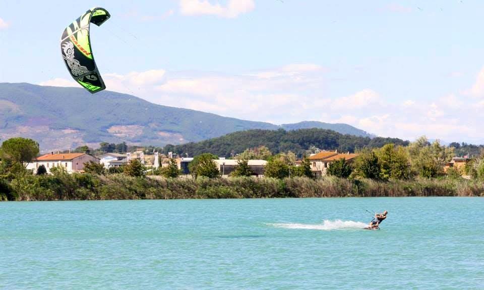 Kitesurfing In Pontedera